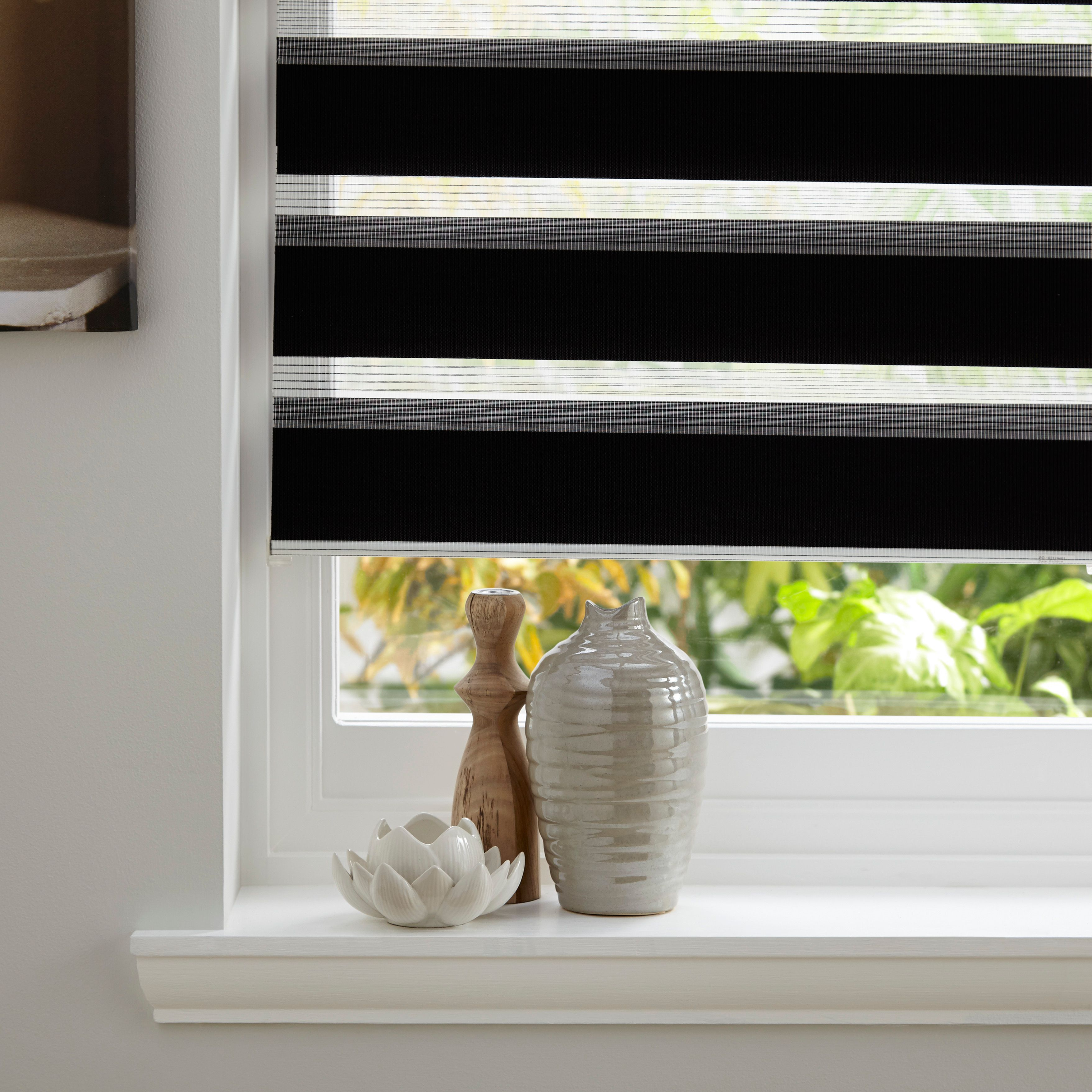 Colours Day & Night Corded Black Roller Blind (L)160 cm (W)120 cm |  Departments | DIY at B&Q