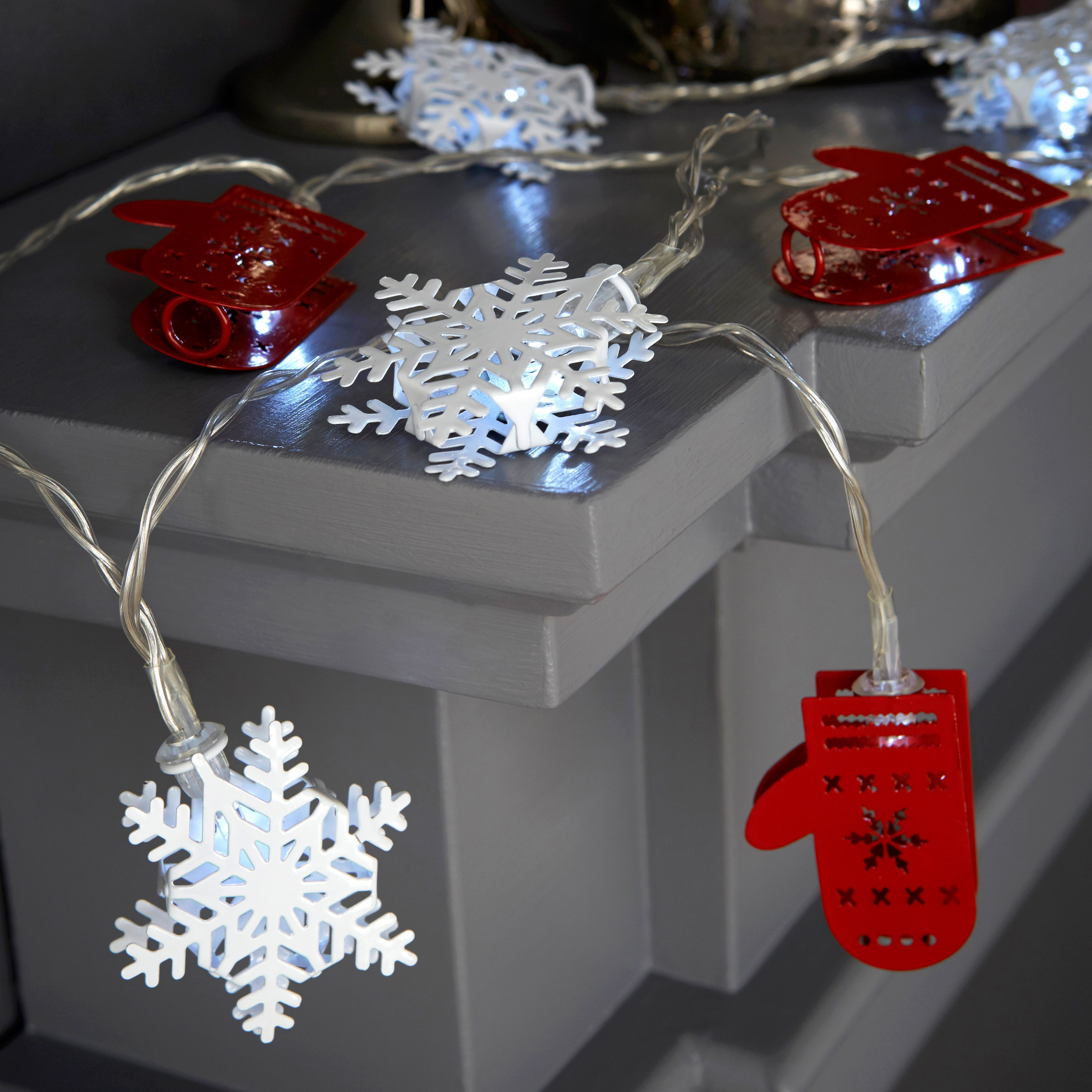 Battery Operated 16 Ice White LED Red & White Metal Snowflake & Mitten String Lights ...