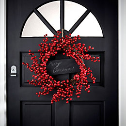 Red Berries with Chalkboard Wreath, (D)360mm