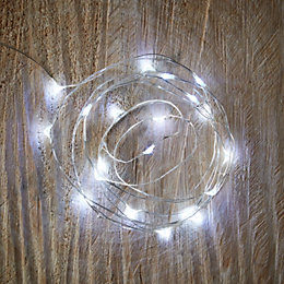 Battery Operated 20 Ice White LED Copper Wire