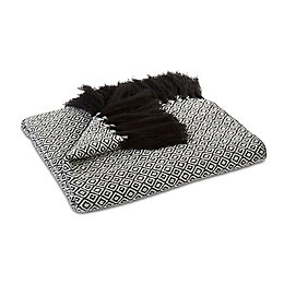 Cortoga Black & White Diamond Woven Throw
