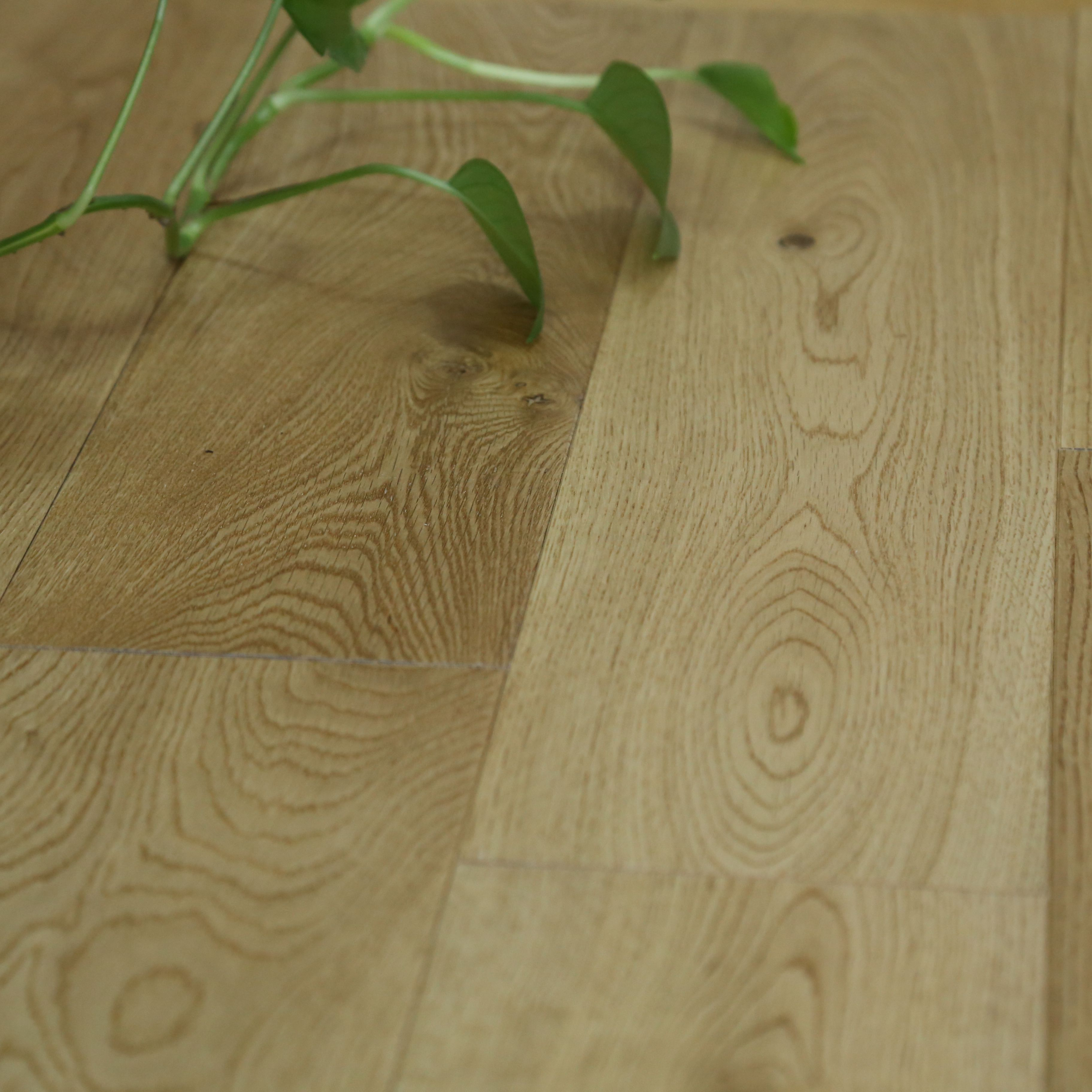 Colours Symphonia Natural Solid Wood Flooring Oak Effect 1.296 M²
