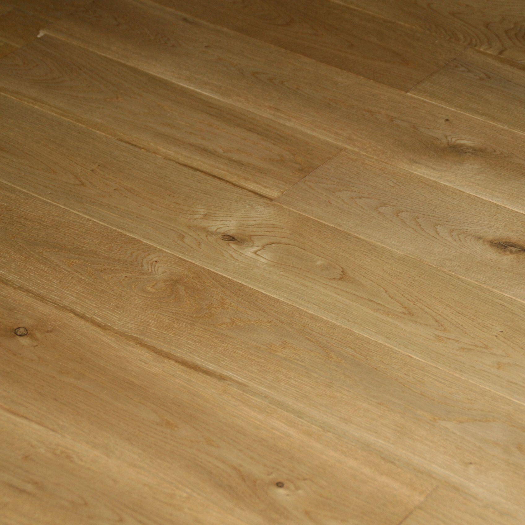 Colours Rondo Natural Solid Wood Flooring Sample Oak Effect