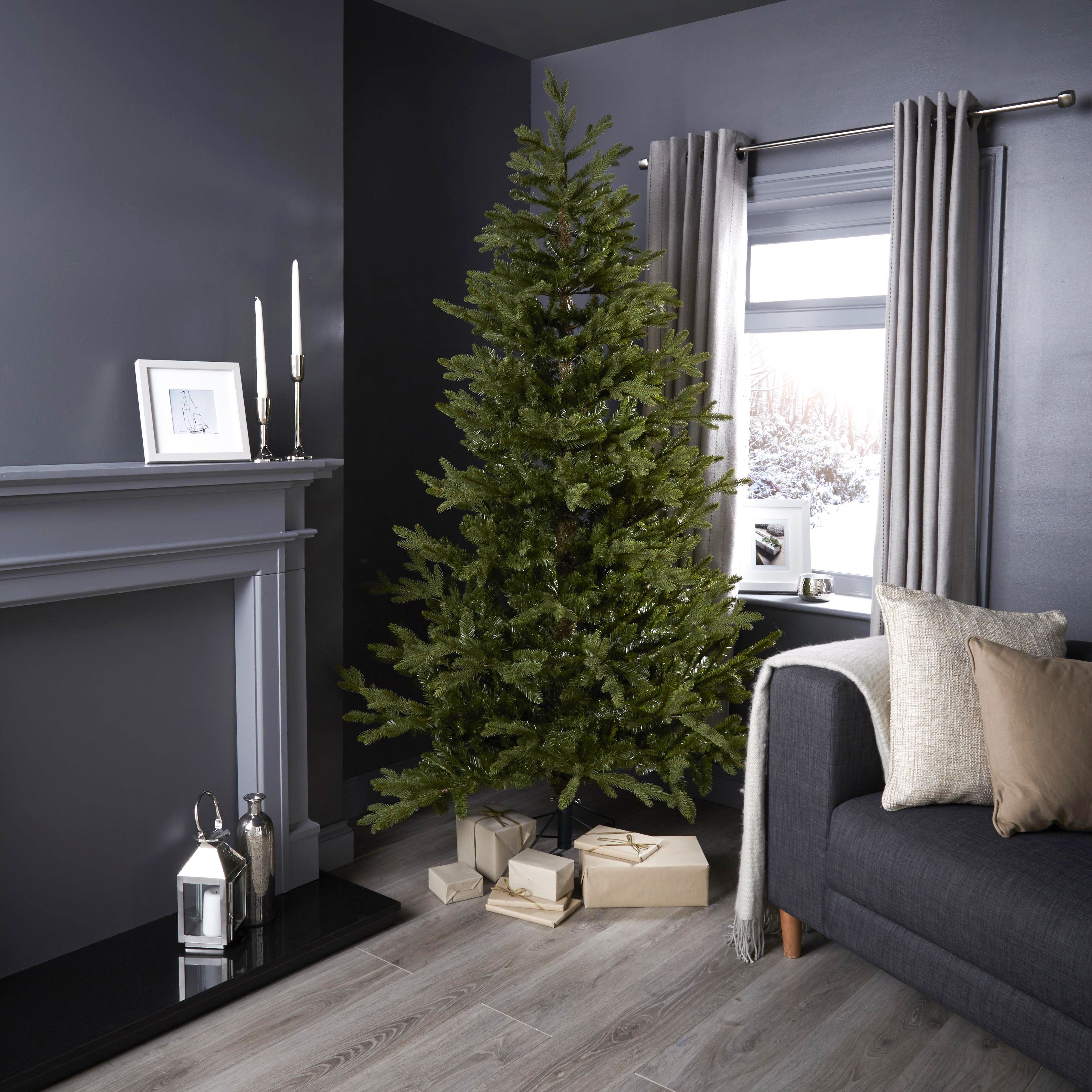 7 ft Natural Pine Classic Christmas Tree