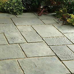 Rustic Sage Minster Paving Patio Pack (L)2.4 (W)2.4m