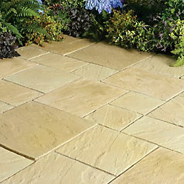 York Gold Abbey Paving Patio Pack (L)3.69 (W)2.77m