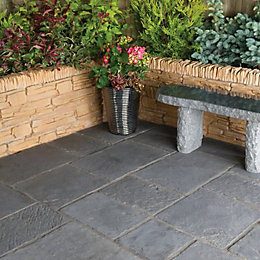 Graphite Minster Paving Patio Pack (L)2.4 (W)2.4m Pack