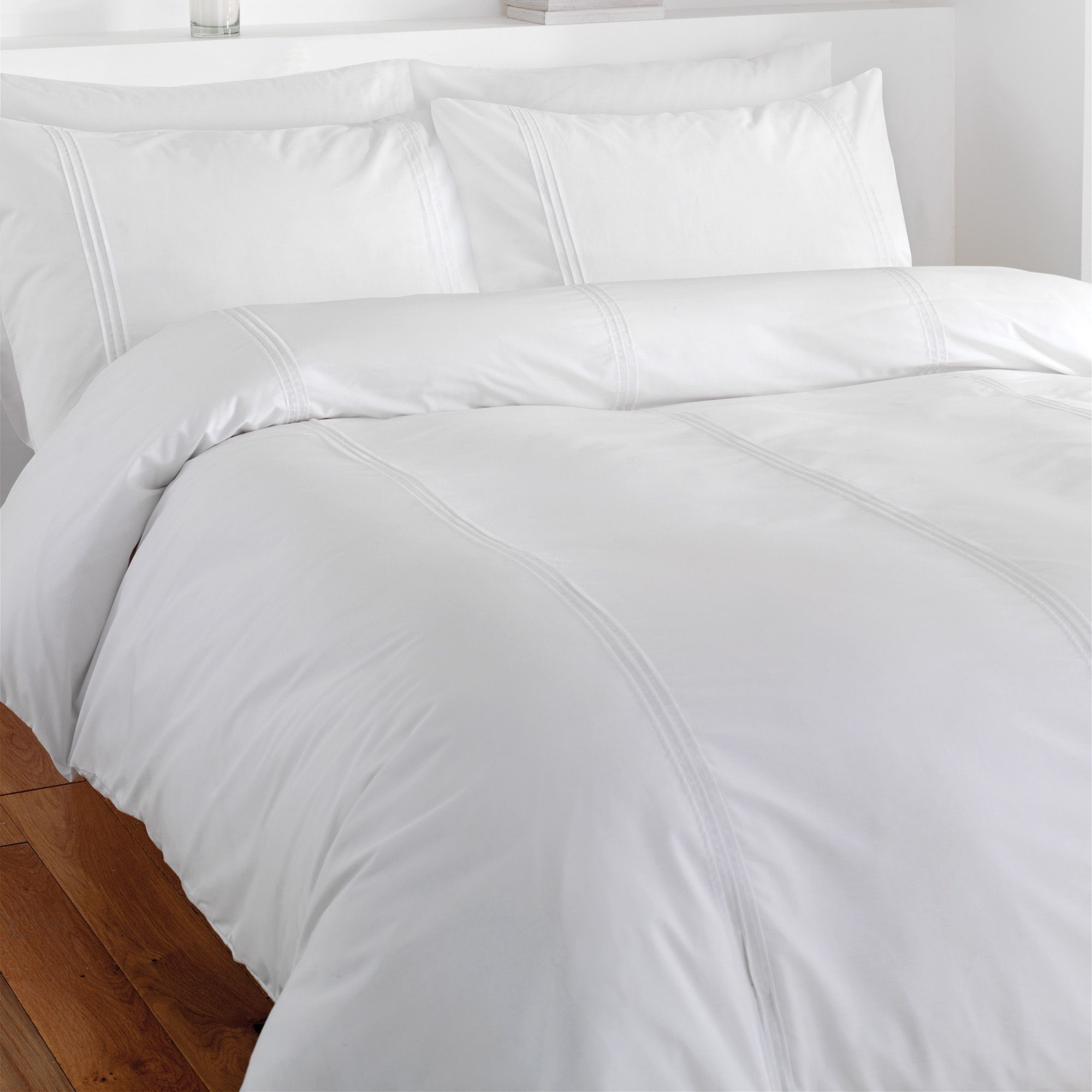 Chartwell Simplicity Plain White Single Bed Cover Set