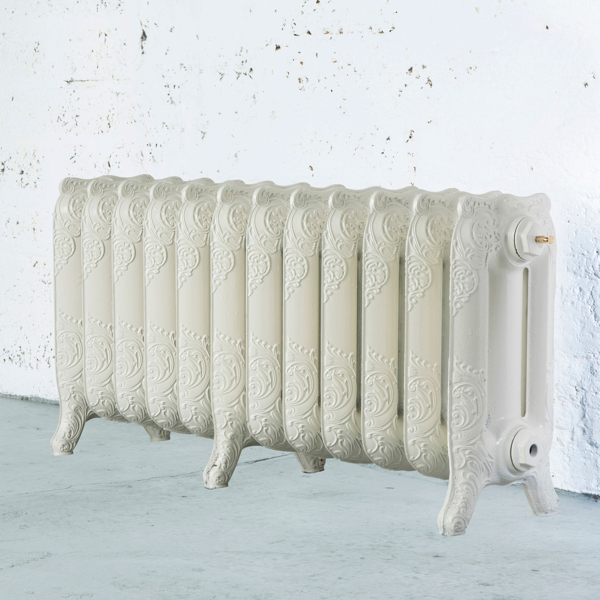 Arroll Montmartre 3 Column Radiator, Cream (W)994 mm