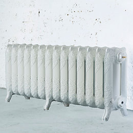 Arroll Montmartre 3 Column Radiator, White (W)1154mm (H)470mm