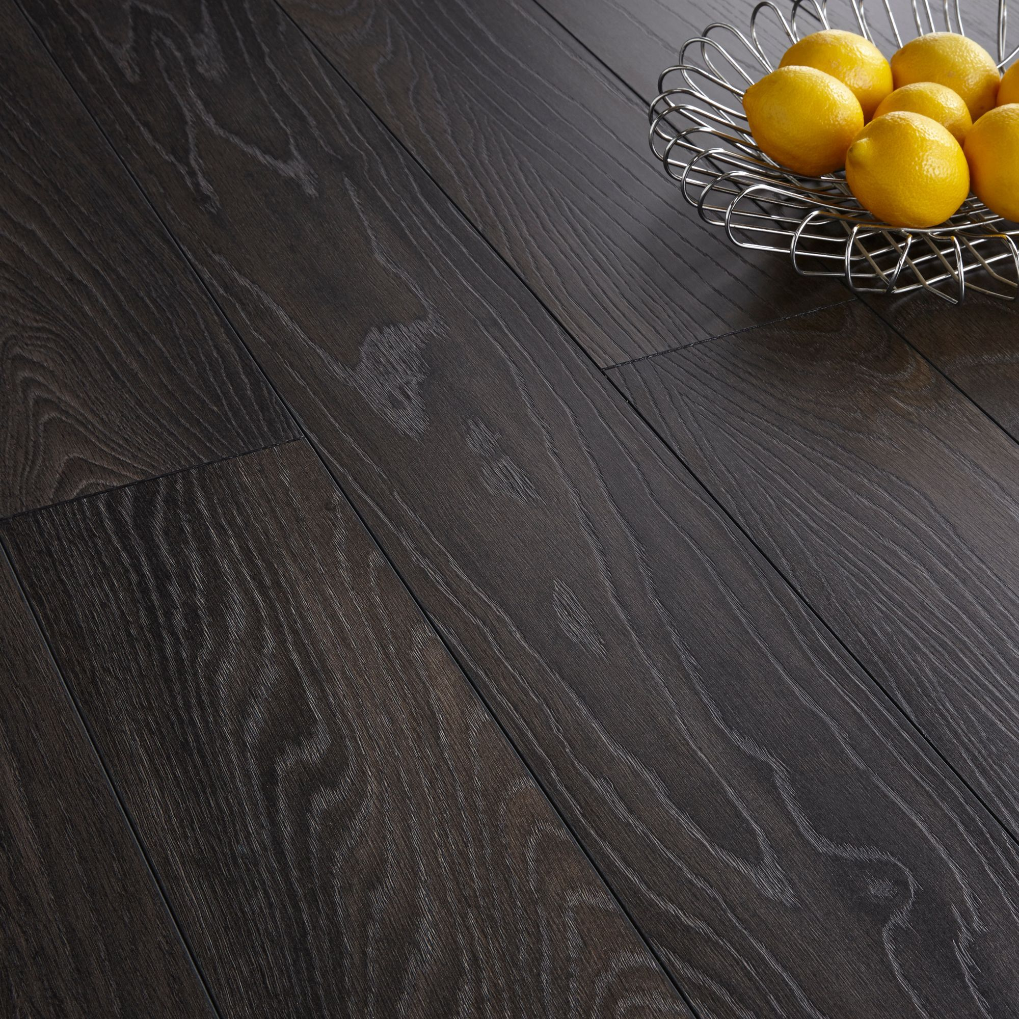 Toccata Victoria Oak Effect Laminate Flooring 1 65 M² Pack