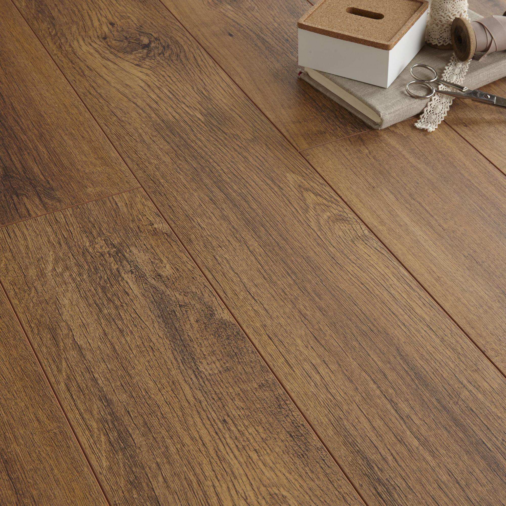 Arpeggio Natural Tuscany Olive Effect 2 Strip Laminate Flooring Pack