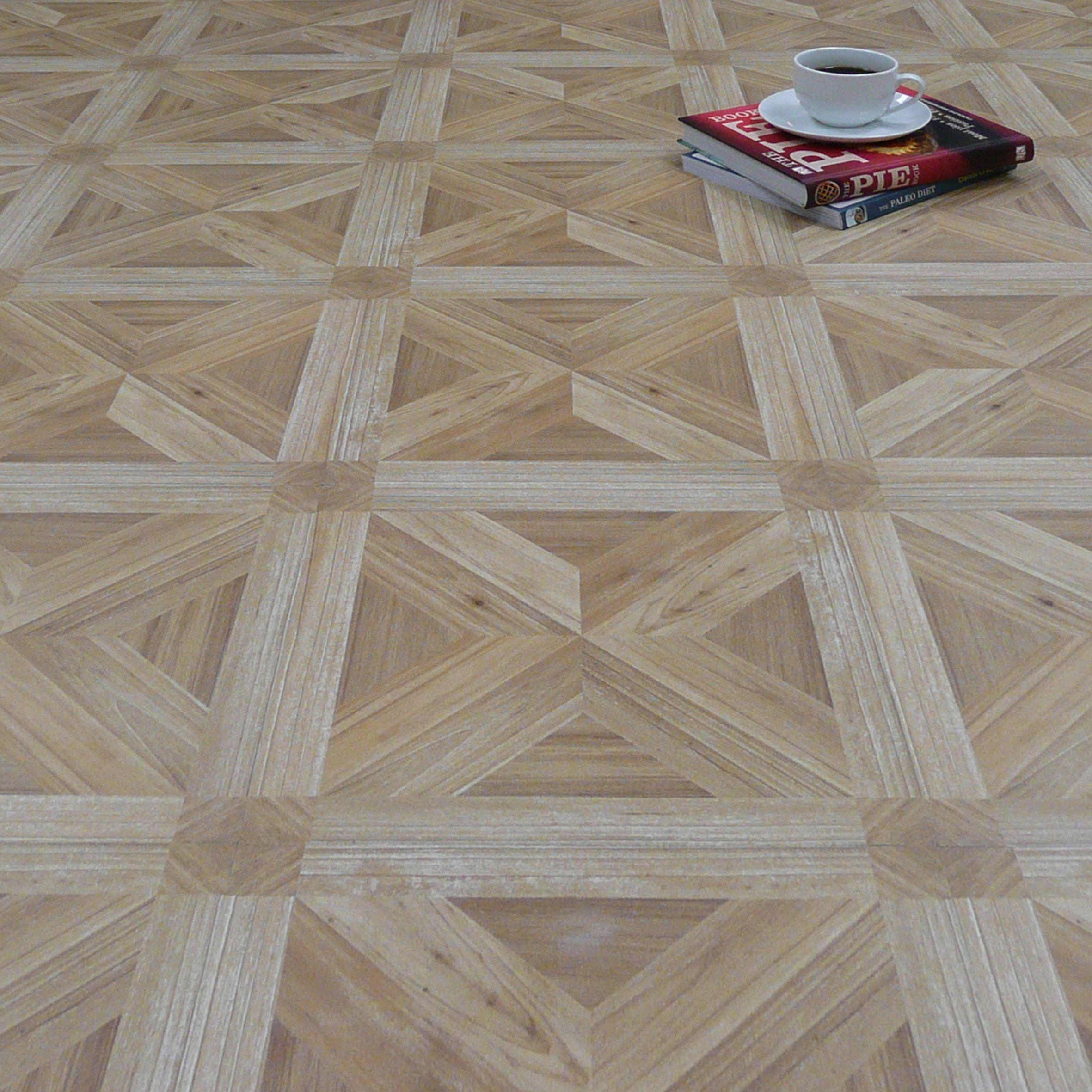 Vinyl flooring buying guide Help Ideas DIY at BQ