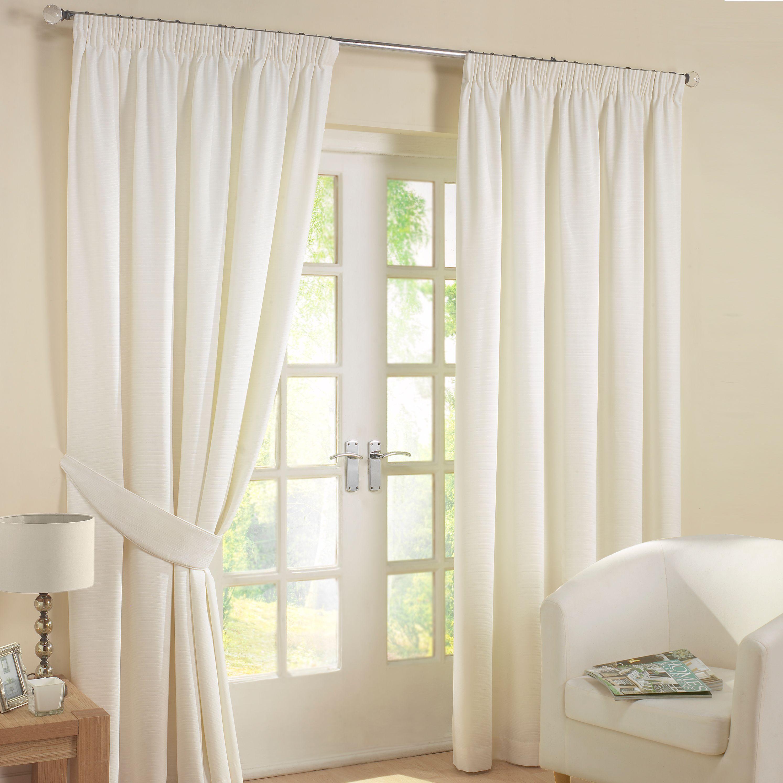 Curtains BlindsShuttersCurtain PolesRoller BlindsDIY