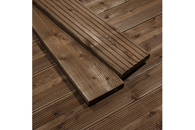 Premium Brown Softwood Reversible Deck Board (W)144mm (L)2400mm (T)28mm, Pack of 5