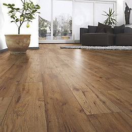 Ostend Natural Oxford Oak Effect Laminate Flooring 1.76