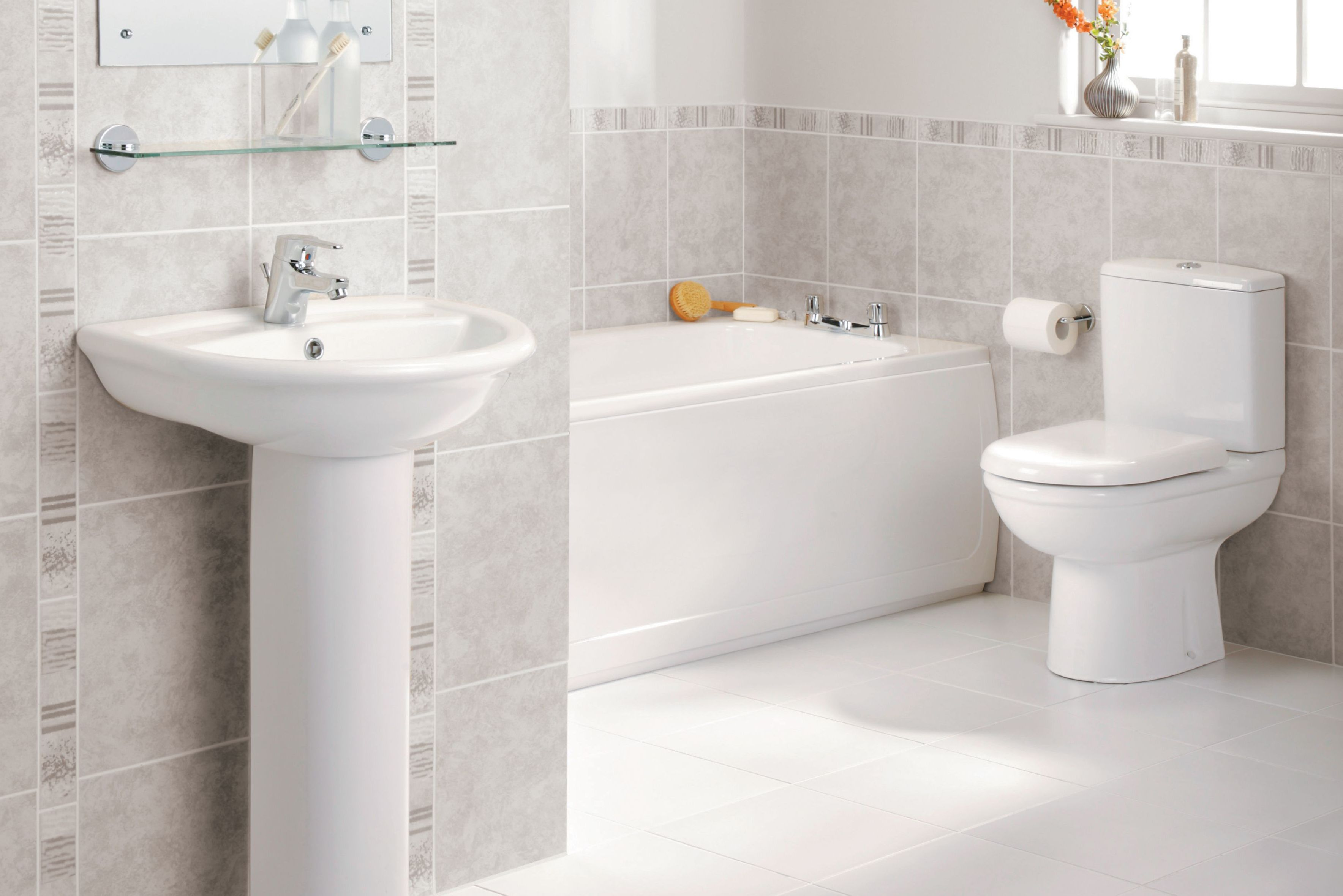Sandringham bathroom suite