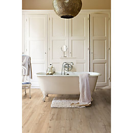 Aquanto Classic Oak Beige Natural Look Laminate Flooring