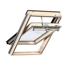 Pine Centre Pivot Roof Window (H)1180mm (W)780mm