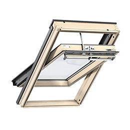 Pine Centre Pivot Roof Window (H)980mm (W)550mm