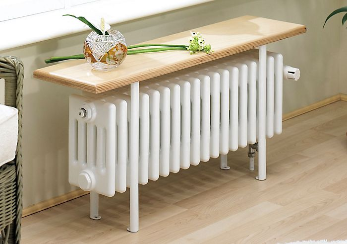 Column radiator with bench