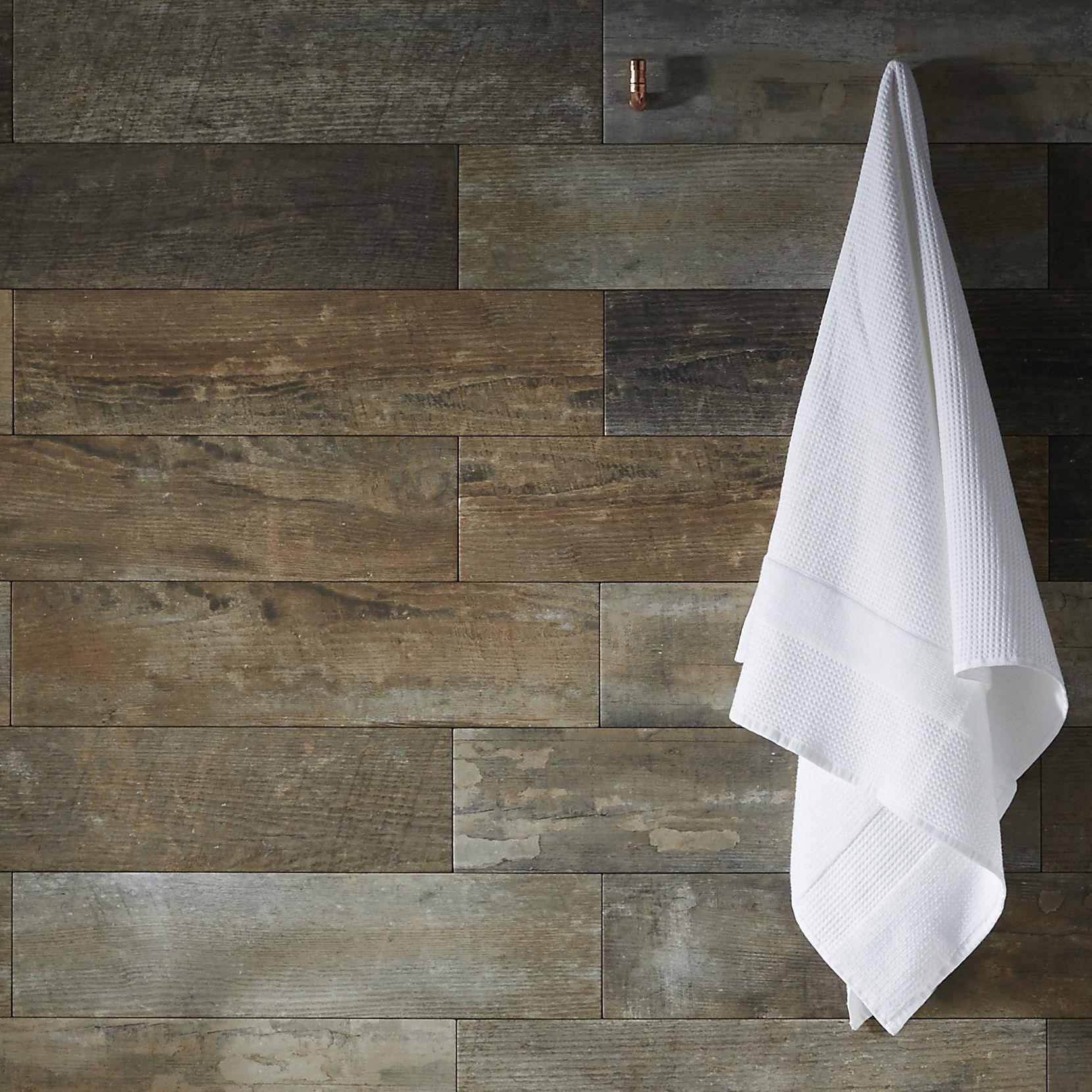 Holborn White Ceramic Wall Tile Pack Of 20 L 250mm W: DIY At B&Q