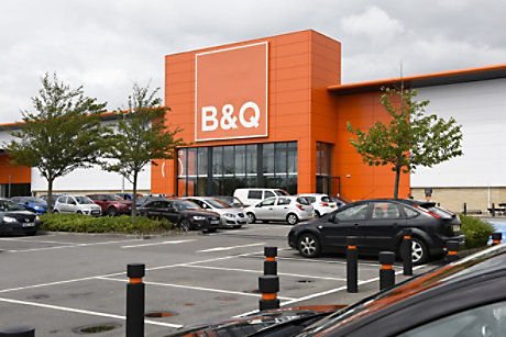B&Q store front