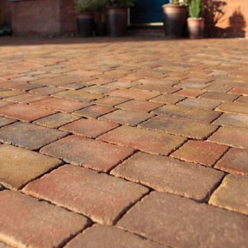 Brindle Woburn Rumbled Block Paving (L)134mm (W)134mm, Pack of 504, 9.05 m²