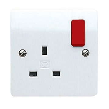 MK 13A 1-Gang White Switched Socket