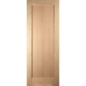 1 Panel Shaker Oak Veneer Internal Unglazed Door, (H)1981mm (W)610mm