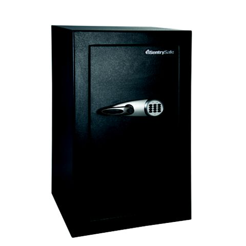 Sentry 169.75L Electronic with 6 Lever Override Extra Large Security Chest