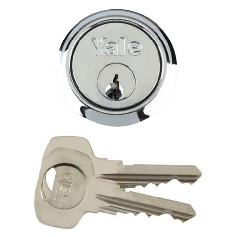 Yale Chrome-Plated Rim Cylinder Lock