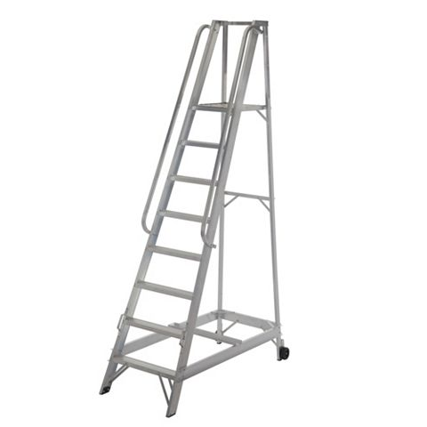 Werner 8 Tread Aluminium Platform Stepladder, 2530mm