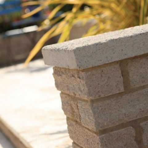 Bradstone Coping 580 x 136 x 50mm