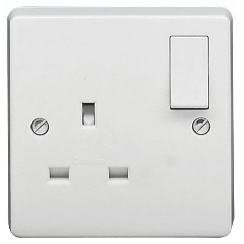 Crabtree 13A 1-Gang White Switched Socket
