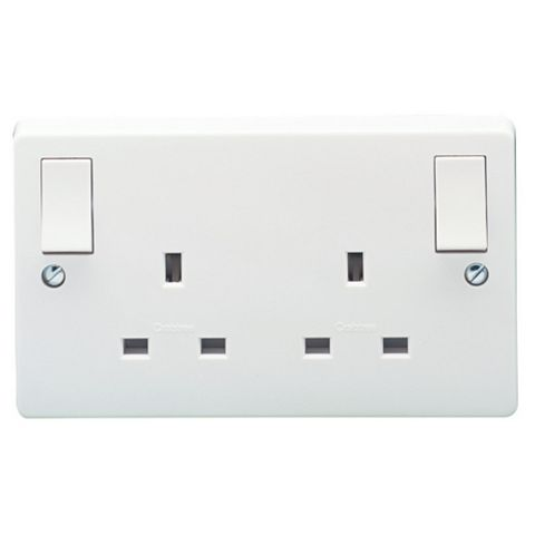 Crabtree 13A 2-Gang White Switched Socket