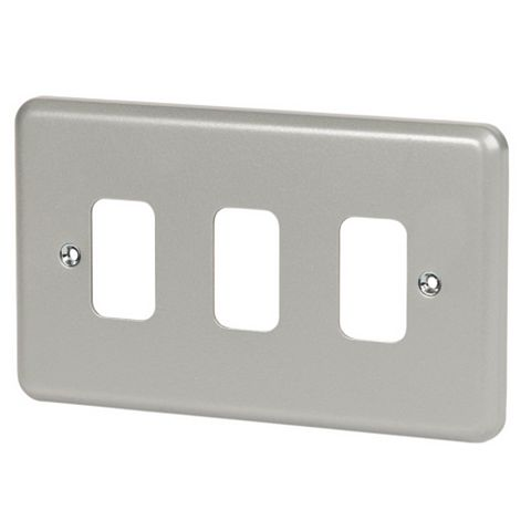 MK 3-Gang Grey Cover Plate
