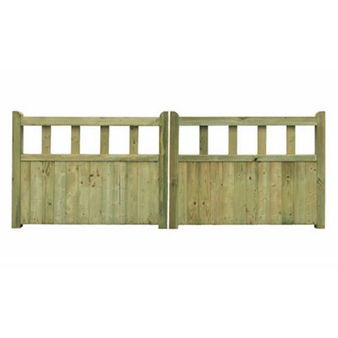 Grange Planed Timber Driveway Gate (H)900mm (W)3000mm