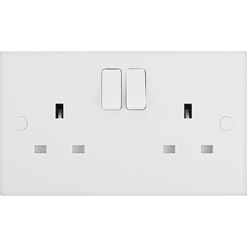 13A 2-Gang White Switched Socket
