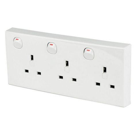 Clipsal Twin to Triple Converta Socket, White - 3 13A