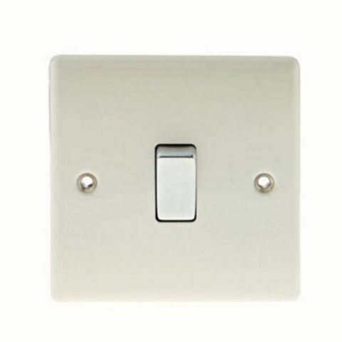 British General 10AX 2-Way Single Cream Switch