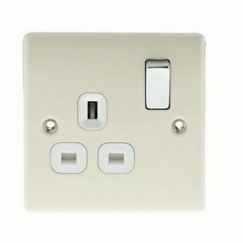 13A 1-Gang Cream Polished Switched Socket