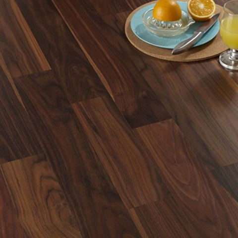 Calando Walnut Effect Laminate Flooring 1.59 m² Pack