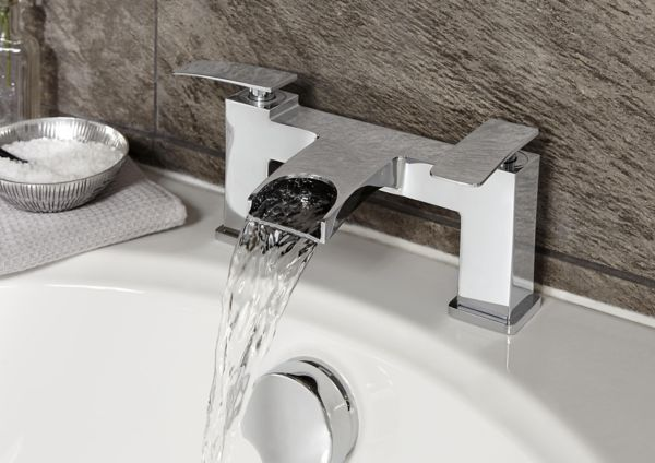 Bathrooms bathroom fittings accessories diy at b q for Bathroom accessories taps