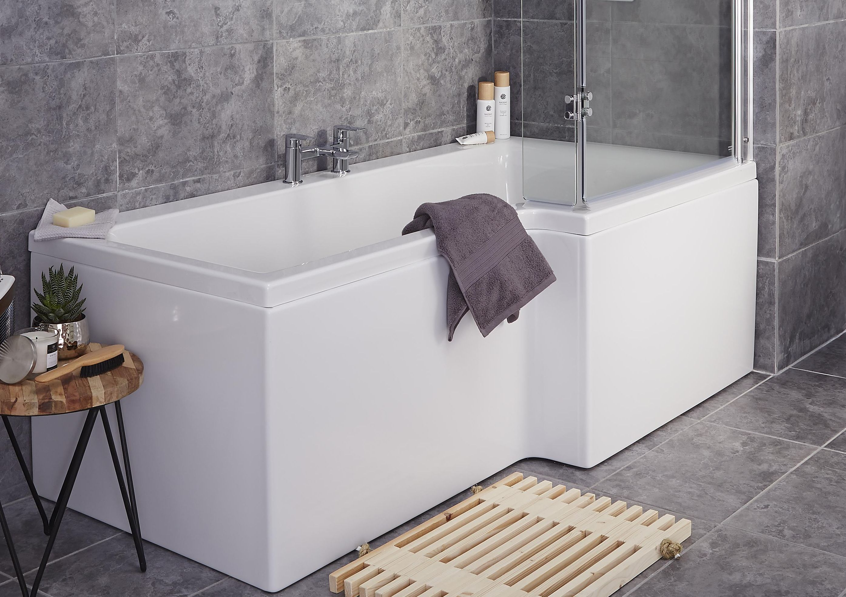 Baths Shower Baths Amp Corner Baths Diy At B Amp Q