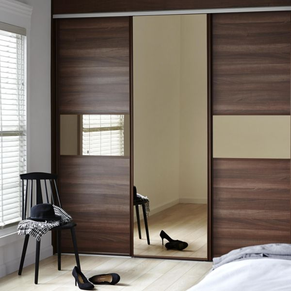 sliding wardrobe doors wardrobes bedroom rooms diy. Black Bedroom Furniture Sets. Home Design Ideas