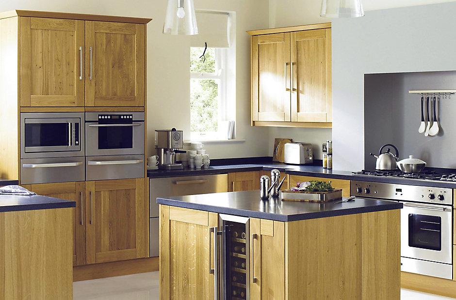 Framed Kitchen Oak Cabinets