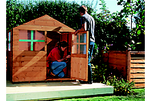 How to build a children's playhouse