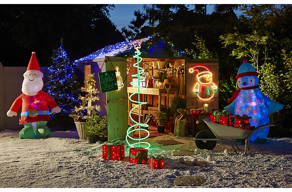 How to hang outdoor Christmas lights Help & Ideas