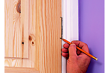 How to hang an internal door